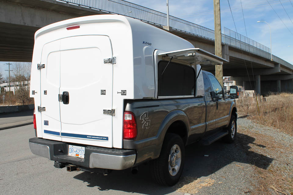 Maranda Mid Size Truck Cap